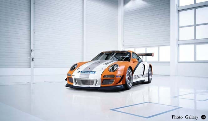 PORSCHE 911 GT3 R Hybrid レーシングカーにもハイブリッドの波