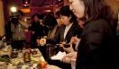 きき酒師チズコ|日本酒ソムリエ 金沢大地の有機大豆で仕込んだお醤油でいただく握りたてのお寿司にお客さまが大行列です。