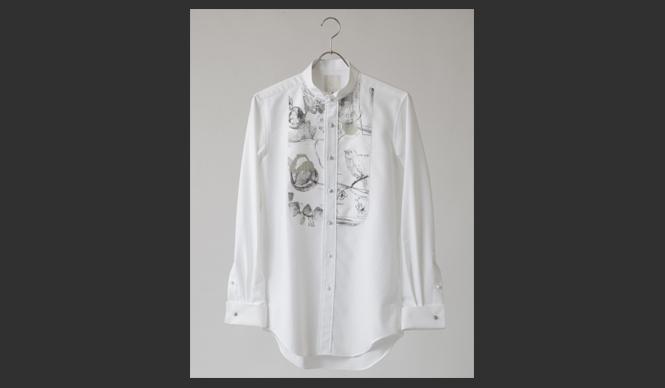 DESIGNTIDE TOKYO 2010|TIDE Market TIDE Market『3』クラフトマンシップを共通項に、異なる世界で活躍していた3人のデザイナーによるユニット。 ファーストコレクションである今シーズンは、まずは基本からという気持ちを込めて、ベーシックな「白」と「デッサン」の組み合わせで展開。まさにコレクションアイテムというべき贅たくなシャツ。