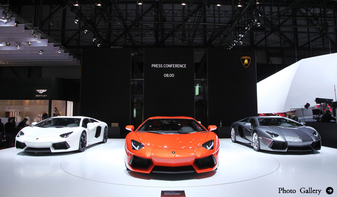 Lamborghini Aventador|ランボルギーニ アヴェンタドール 詳細と価格を公表