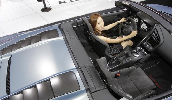 清水久美子が選ぶ! 第42回東京モーターショー2011 Best 10|Audi R8 GT spyder|アウディ R8 GT スパイダー