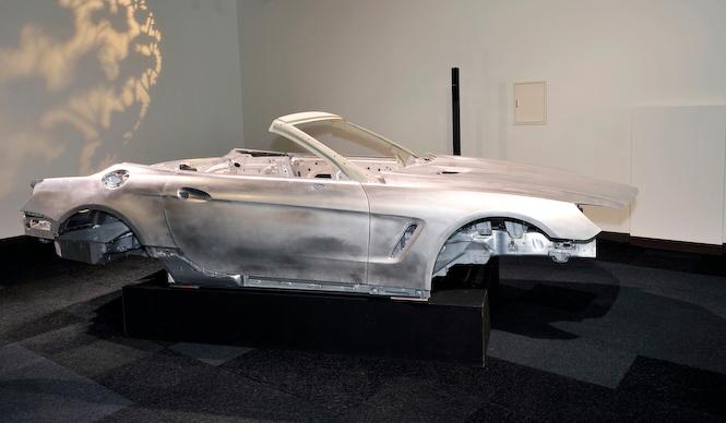 Mercedes-Benz SL-Class メルセデス・ベンツSLクラス試乗会場にはホワイトボディが展示されていた
