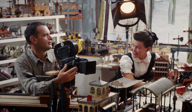 Mid-Century MODERN|映画『ふたりのイームズ:建築家チャールズと画家レイ』公開記念コラボレーション