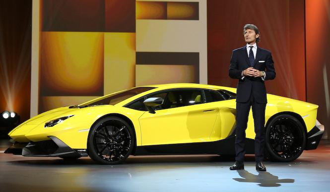 ランボルギーニ50周年を記念したアヴェンタドール|Lamborghini
