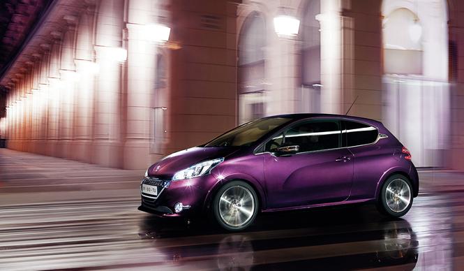 プジョー「208 XY」と「208 GTi」を発売|Peugeot