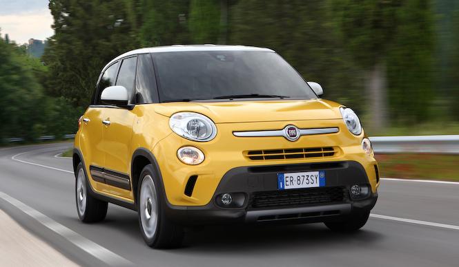 フィアット500Lのミニバン版とSUV版を発表|Fiat