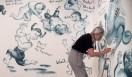 乃り子は1972年に19歳で渡米。そして当時、41歳だった有司男と巡り会った。彼女が2007年から描くようになったのが、『Cutie and Bullie(キューティー・アンド・ブリー)』という連作だ。作品には、彼女の分身であるキューティーと、有司男の分身であるブリーが描かれている