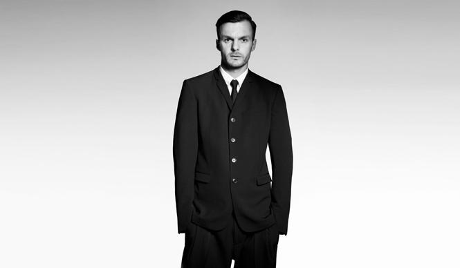 DIOR HOMME|クリス・ヴァン・アッシュ来日 M/M Parisとのコラボ、最新コレクションを語る