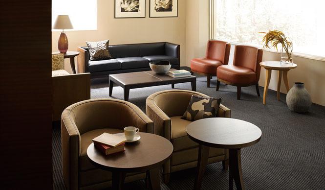 Cassina ixc. カッシーナ・イクスシー 「SOUS BOIS (スーボア サイドテーブル)」 デザイン Philippe Hurel (フィリップ・ユーレル)