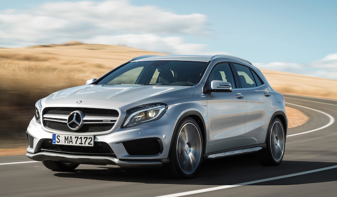 360psのコンパクトSUV「GLA 45 AMG」|Mercedes-Benz