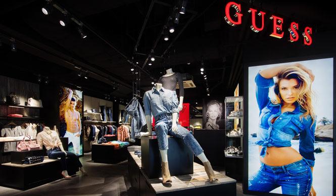 GUESS|「ラフォーレ原宿」に直営1号店オープン