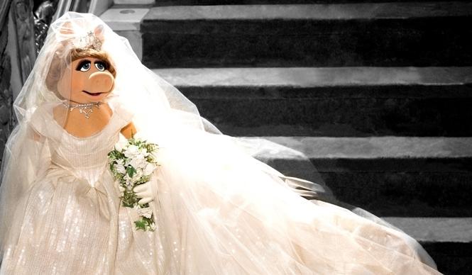 Vivienne Westwood|ミス・ピギーのために衣装をデザイン