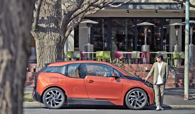 人間の本能と「i3」- 建築家・岡田公彦の視点|BMW