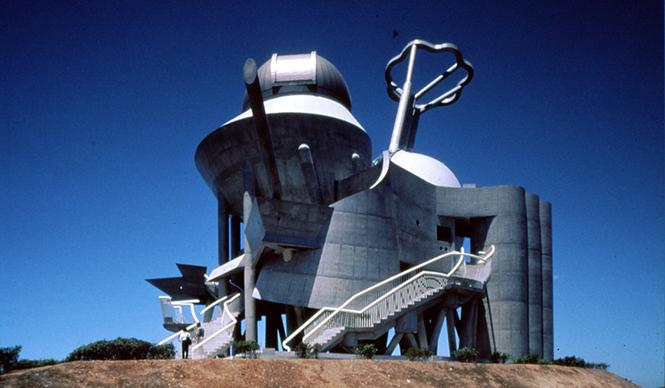建築家 高崎正治氏が語る「前衛建築へのアプローチ」