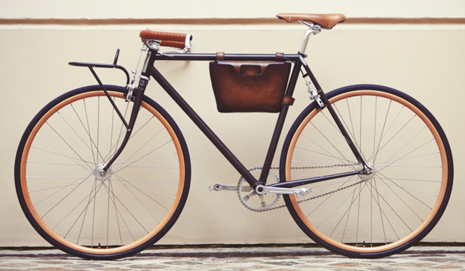 バイクフレーム バッグ(自転車本体は除く)44万4960円