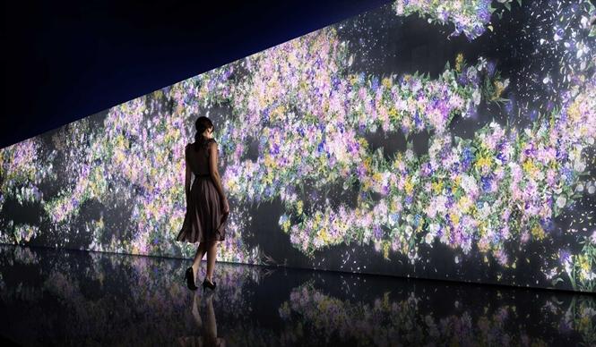 GUCCI|チームラボの作品展『Infinity of Flowers』を開催