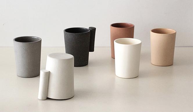 店内2号館1Fの建築・デザインコーナーではデザインプロダクトを集めた「DDDマーケット」を開催。Oy(akiko Oue/ryohei Yoshiyuki)の陶器