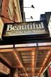 旅のはじまりは『Beautiful~ビューティフル~』から。キャロル・キングの自伝的舞台です