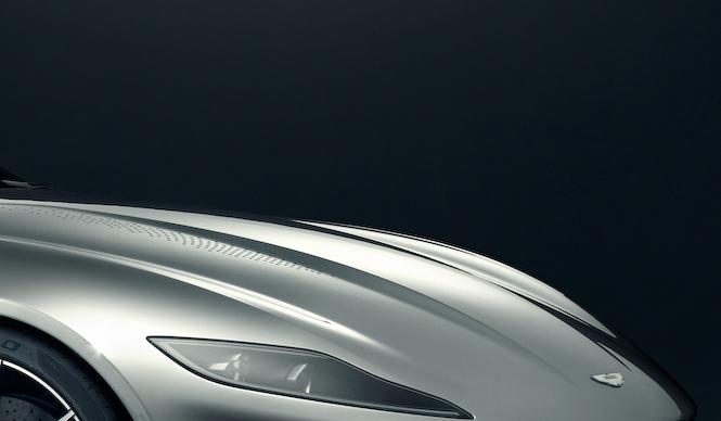 Aston Martin DB10 アストンマーティン DB10