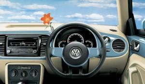 春らしいカラーコーディネートのザ・ビートル特別仕様車|Volkswagen