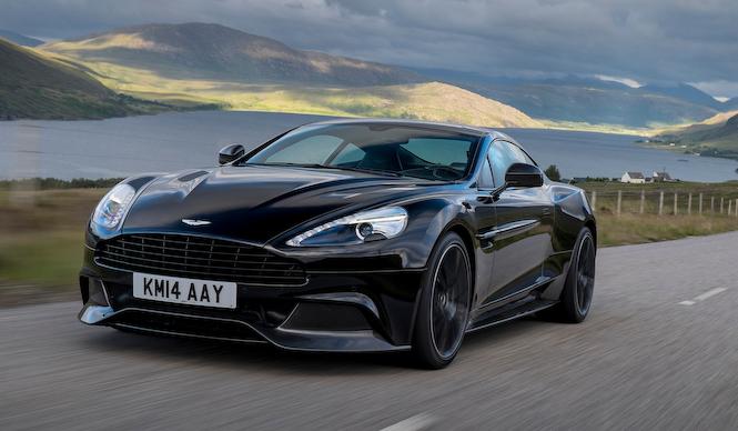 英国で乗る、2台のアストンマーティン最新モデル|Aston Martin