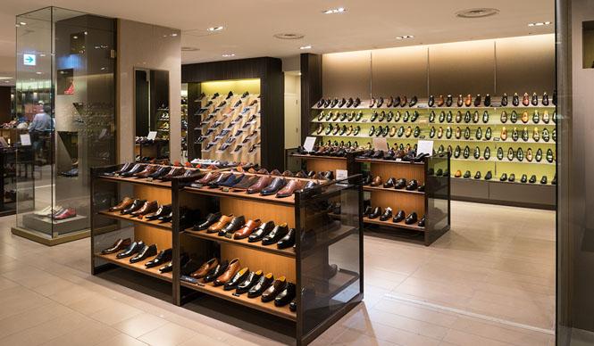 GINZA MITSUKOSHI|銀座の男の足もとを美しく飾る銀座三越7階「紳士靴売場」ギャラリー