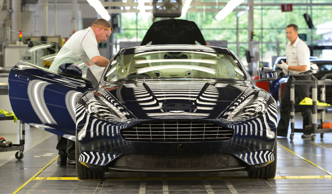 アストンマーティンのビスポークとレストア部門を訪ねる|Aston Martin