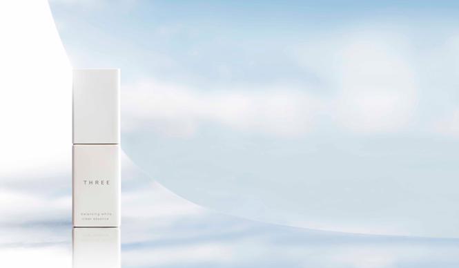 THREE|天然由来95%の薬用美白美容液、ついに誕生