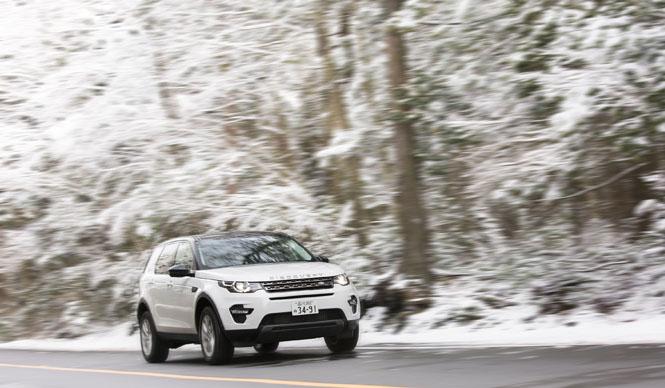 7人乗りも選べるプレミアムSUV、ディスカバリー スポーツに試乗|Land Rover