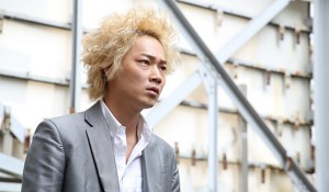 MOVIE|綾野剛主演で園子温監督が人気コミックを実写化『新宿スワン』