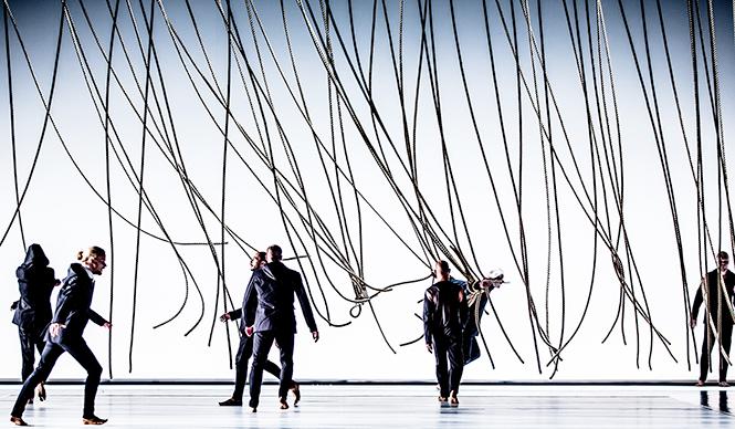 Tero Saarinen Company 日本初上陸! テロ・サーリネン・カンパニー公演『モーフト』