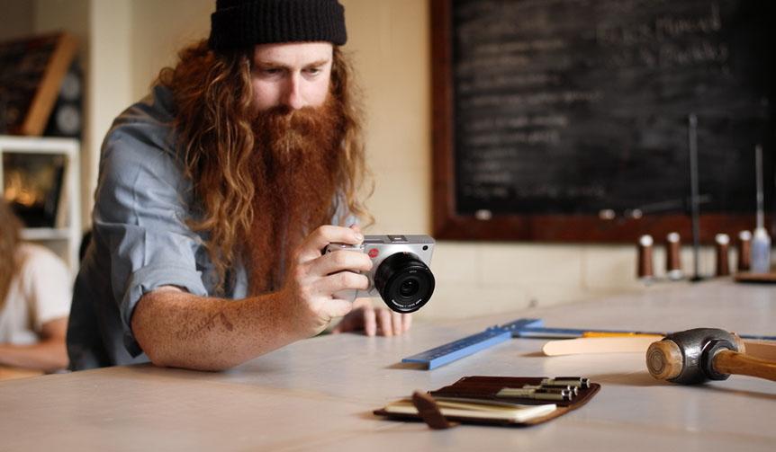 LEICA ライカ×ビルケンシュトック写真展「10 Professionals」開催