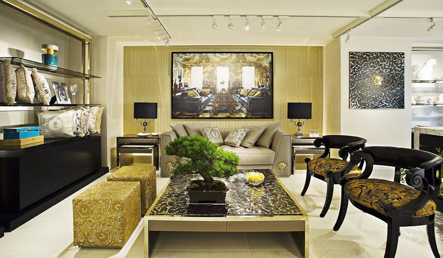 VERSACE|ホームコレクションを展開する「VERSACE HOME 銀座店」オープン