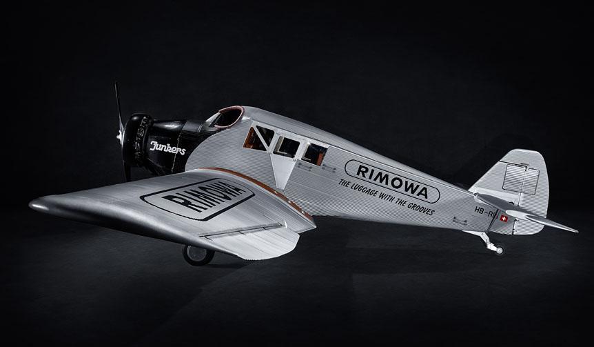 RIMOWA|世界最大の航空ショウで航空機「RIMOWA F13」発表