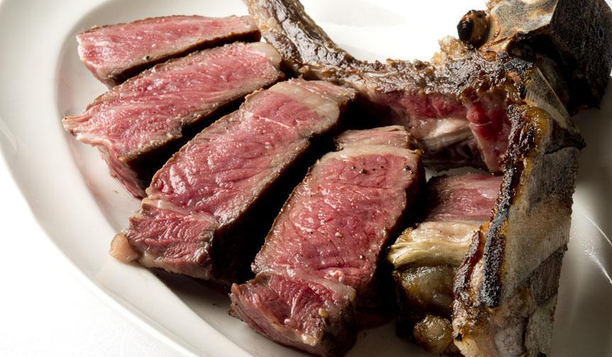 RUSTEAKS|最高の状態の熟成肉が味わえる、広尾「ラステイクス」