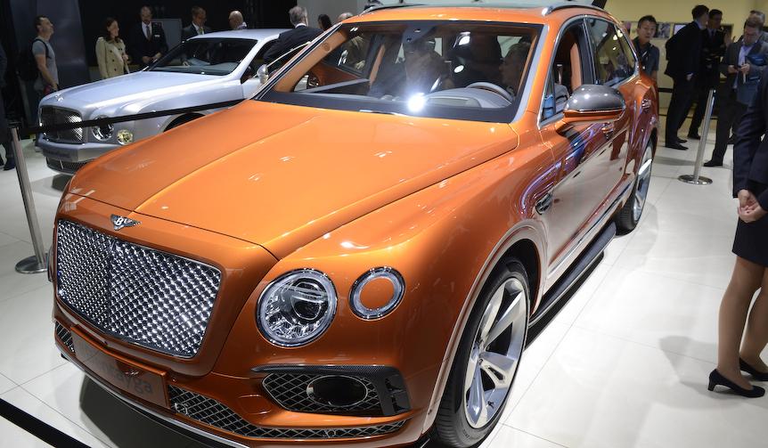 ベントレーのSUV「ベンテイガ」登場|Bentley