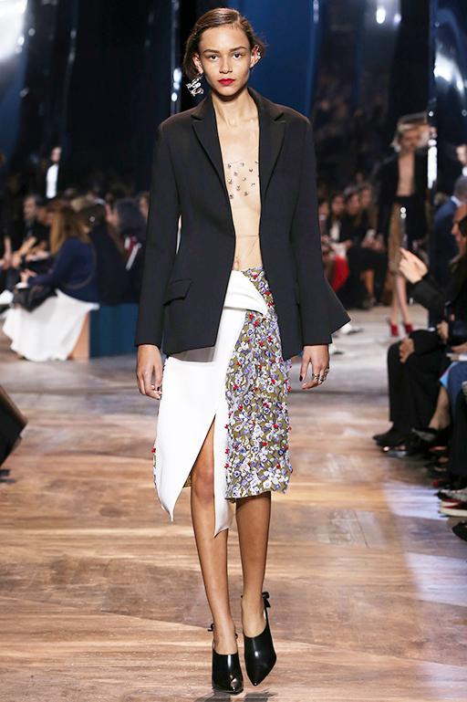 Dior|ディオール  2016年春夏 ウィメンズ オートクチュールコレクション
