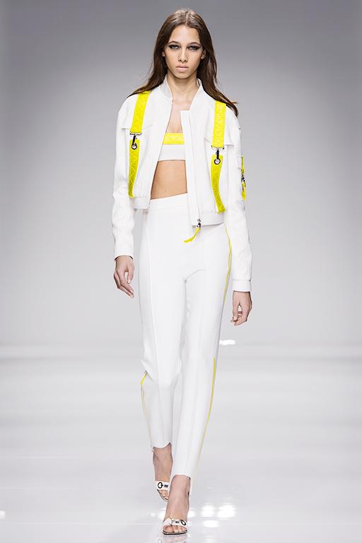 Atelier-Versace-SS16_Look-1