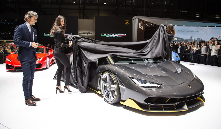 ジュネーブを沸かせた2台の猛牛|Lamborghini