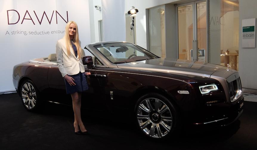 ロールス・ロイスの新型コンバーチブル「ドーン」が日本上陸|Rolls-Royce