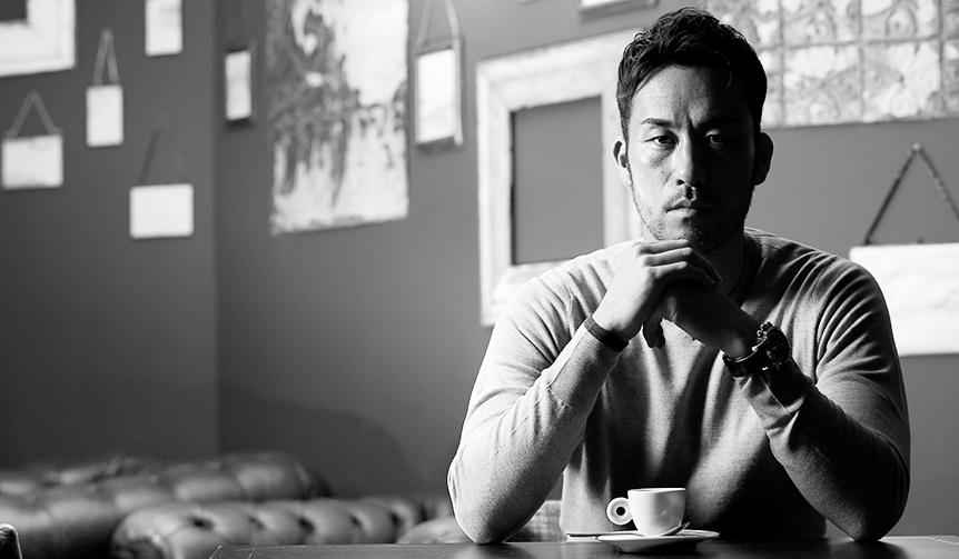 特集|OPENERS Special|ロンドンで艶やかな紳士に 吉田麻也選手の映像を近日公開