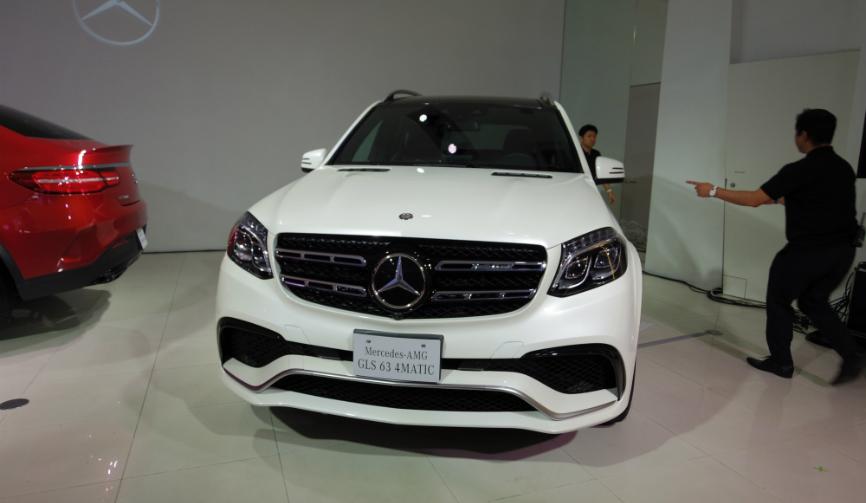 メルセデスが最上級SUV「GLS」を発表|Mercedes-Benz