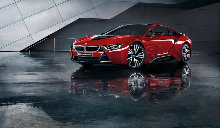 スポーティなPHV「i8」をレッドで彩った特別限定モデル|BMW