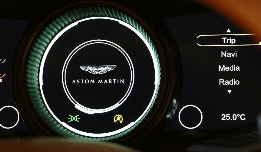 Aston Martin DB11 アストンマーティンDB11