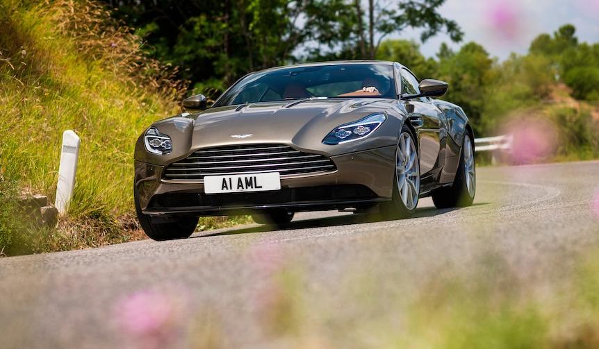 アストンマーティンDB11が日本上陸|Aston Martin