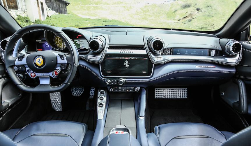 フェラーリ GTC4 ルッソに北イタリアで試乗|Ferrari