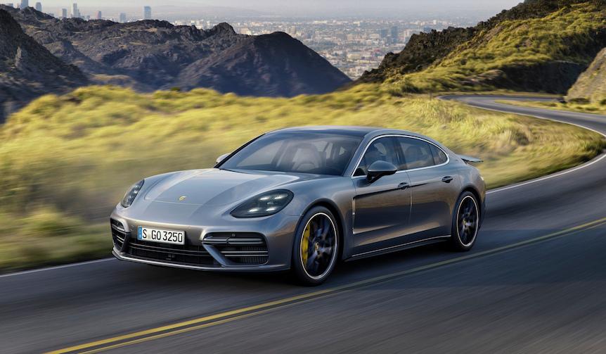 新型パナメーラのベースモデルとエグゼクティブモデル予約開始|Porsche