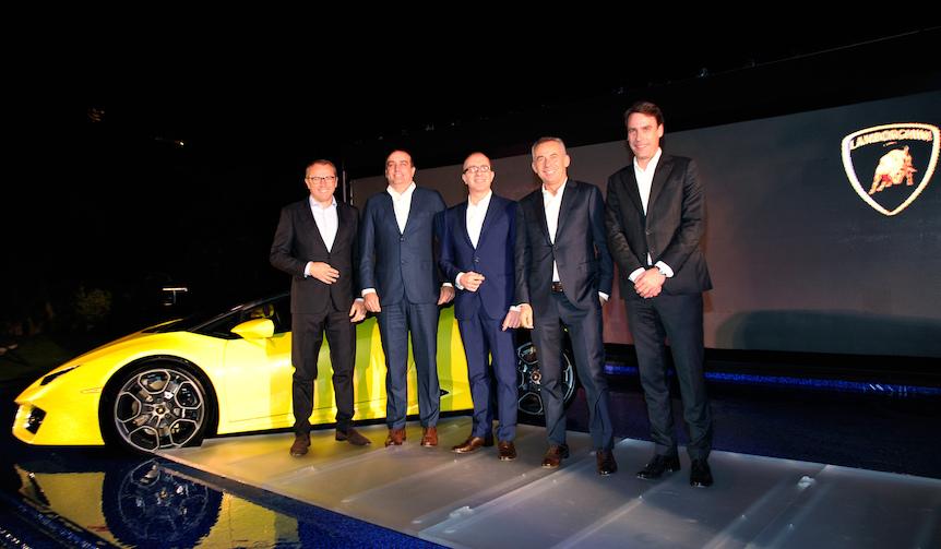 ウラカン スパイダーのFRモデルをロサンゼルスモーターショーで披露|Lamborghini