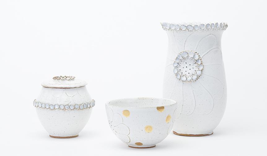 ART|自然の美しさを陶器に表現する岡崎裕子展「PETAL 花びらの器」が開催