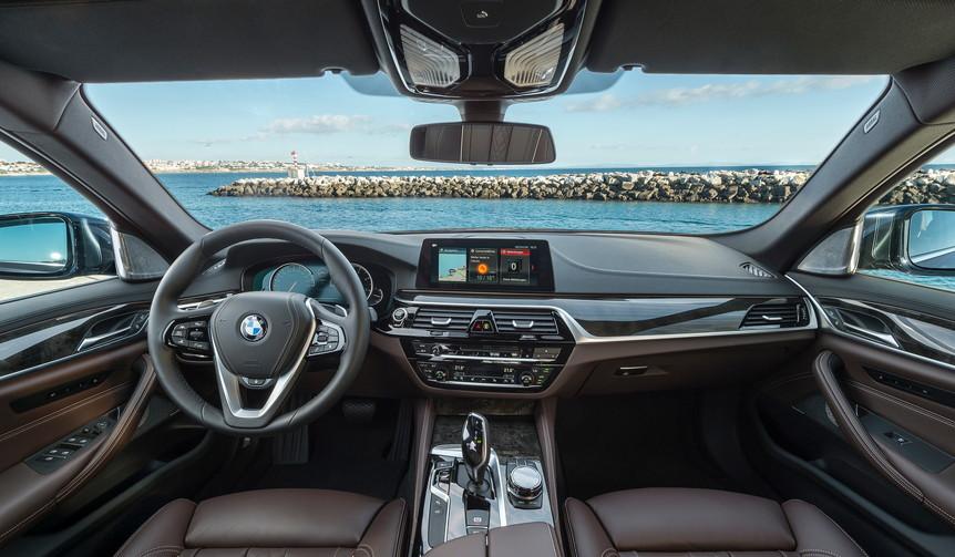 新型BMW5シリーズに試乗|BMW